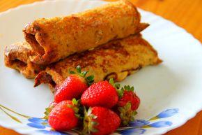 Strawberry Nutella French ToastRollups