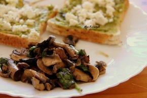 Avocado Feta Toast with Mushrooms and Spinach
