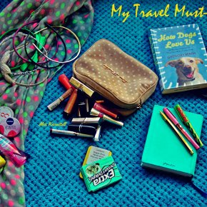 3Girls and a #BlogAlong + My TravelMust-Packs