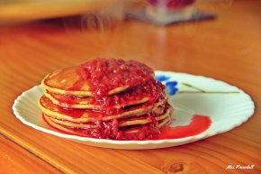 Wholewheat (Atta) Pancakes with Homemade Berry Compote